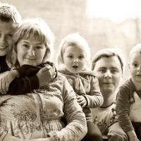 Анна Костина. Семья Костиных
